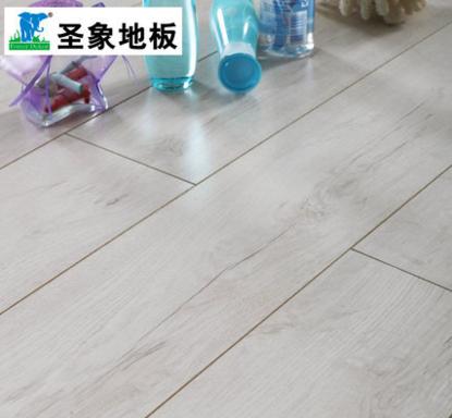 圣象三层实木复合地板