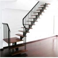 霸州钢木楼梯-斜梁楼梯