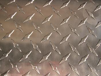 供应7a05进口铝板压花纹板