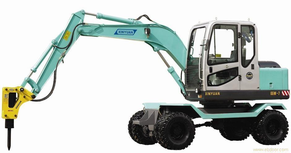 福建新源小型液压挖掘机,可带破碎锤