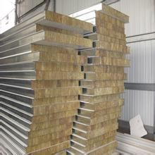 供青海彩钢防火板和西宁彩钢板特点