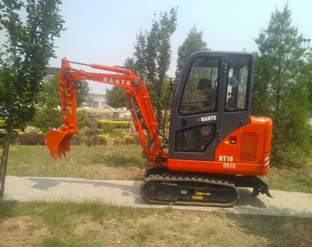 供应南特挖掘机NT08微型挖掘机 小型挖掘机 果园挖掘机