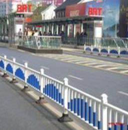 道路护栏厂家 城市道路防撞隔离护栏 市政交通道路护栏规格齐全