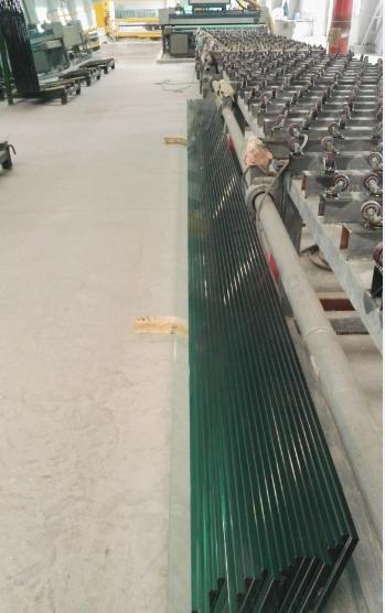 郑州15个厚19个厚透明钢化超白玻璃6米7米8米9米10米