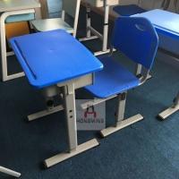 桌椅均可升降学生塑料课桌椅 塑料课桌椅
