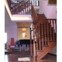 上海互联网别墅复式楼阁楼实用高档好看的橡木或橡胶木实木楼梯