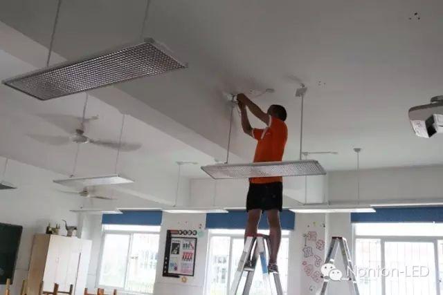四川教室灯|教室灯成都|教室照明图片