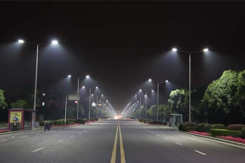 新农村建设LED照明LED路灯 120W