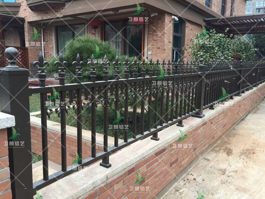 别墅花园大门围栏