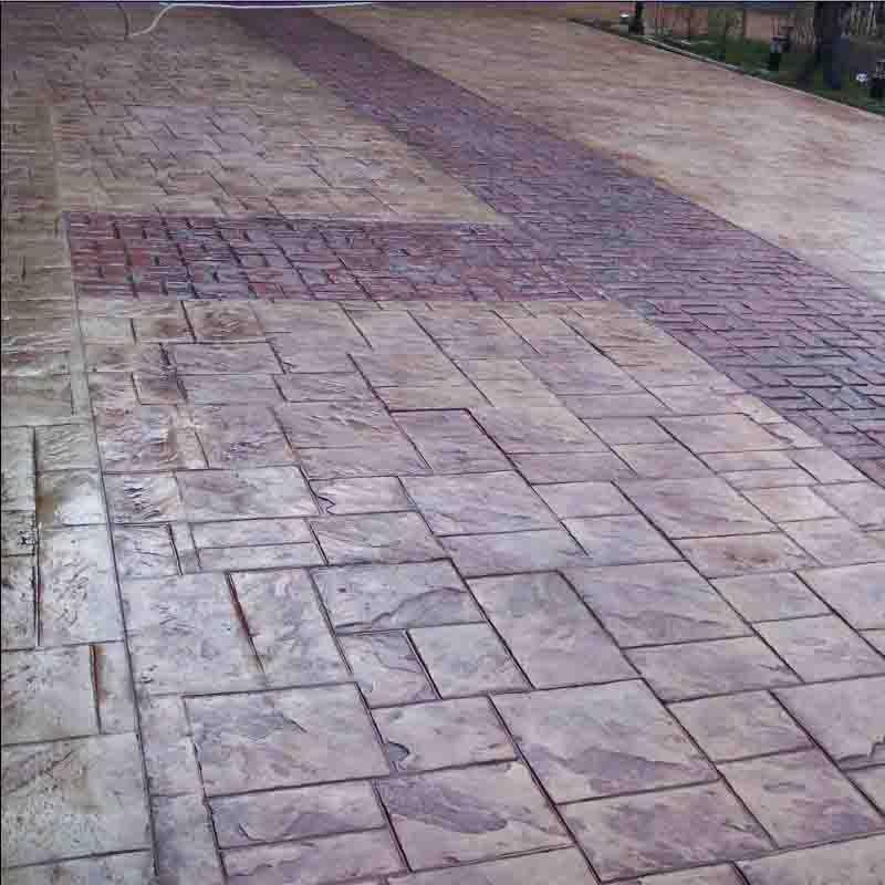 厦门艺术压花地坪-道路隔离带压花地坪案例