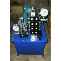 智能涨拉设备标配液压电动泵,德骏达电动泵最好