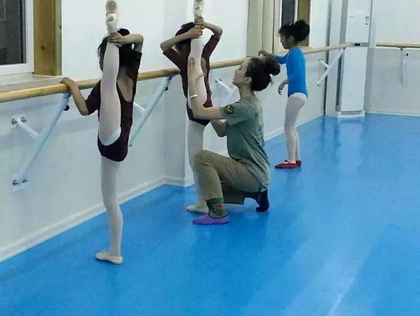 体育舞蹈健身运动地胶|上海跃虹体育