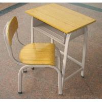 玉林学生用的课桌椅