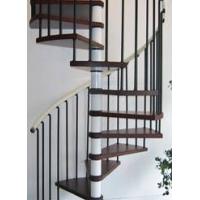 钢木旋转楼梯