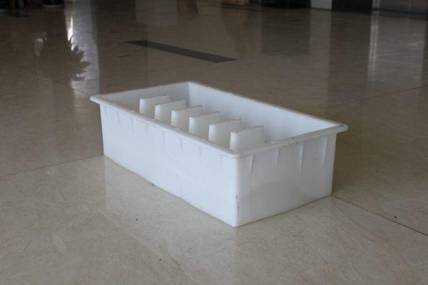 浙江嘉兴丽臣S型六孔排水塑料路牙石模具