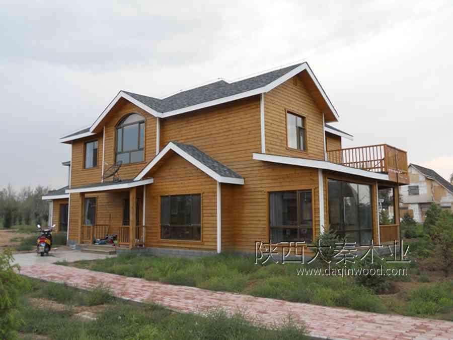 個人住宅單棟畝別墅,房屋結構為北美,加拿大木屋又稱北美輕型木框架