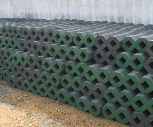 人行道方砖泗洪   面包砖   以上是八字植草砖景观砖泗洪透水八字砖绿