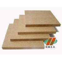 厂家直销刨花板本品重量轻,强度高,不变形,安装简便快捷