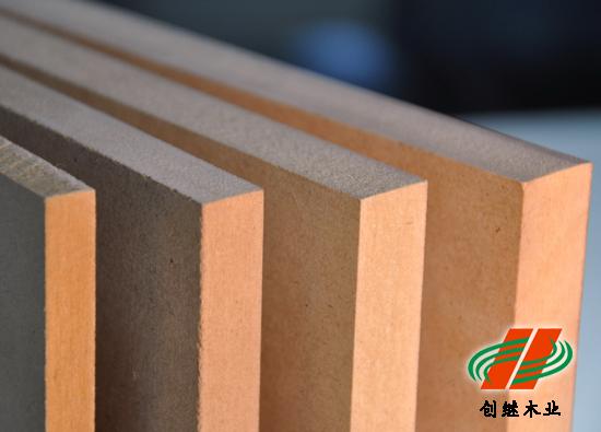 我公司专营中纤板刨花板,本板材使用于家具厨具办公等