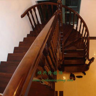 欧式全实木楼梯