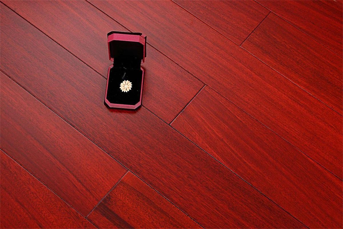 书香世佳地板-实木地板-圆盘豆606