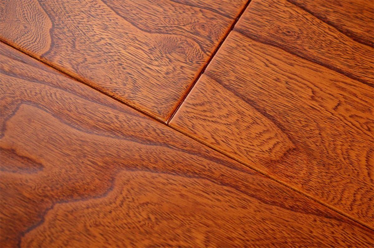 书香世佳地板-多层地板-榆木8681