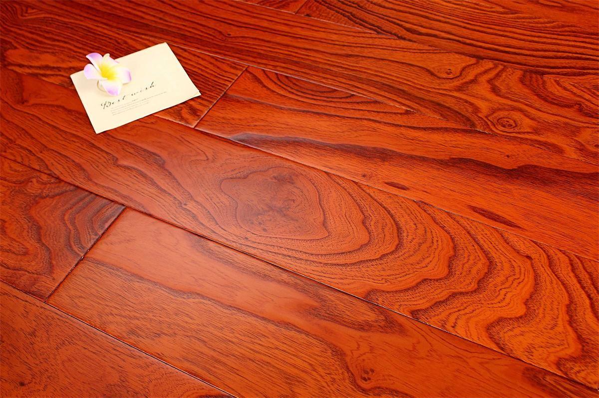 书香世佳地板-多层地板-榆木浮雕8681