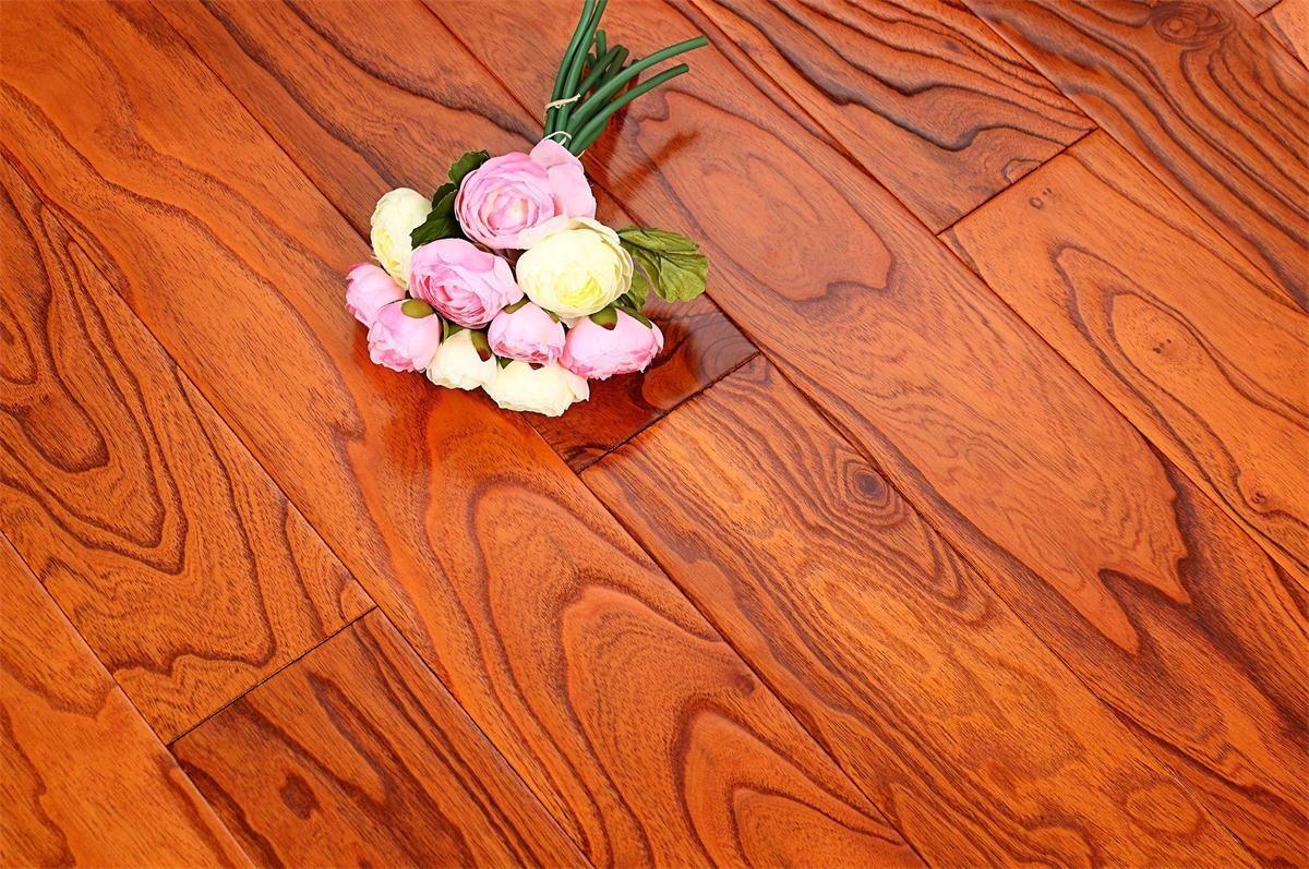 书香世佳地板-多层地板-榆木浮雕8001
