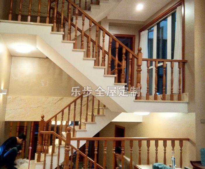 南京实木楼梯-乐步全屋定制