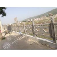供应山西规模最大  质量最好的水泥栏杆