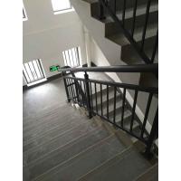挑选家庭阳台锌钢护栏有四大要素、道路围栏、楼梯护手