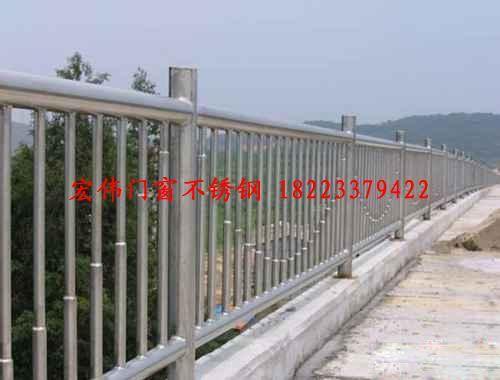 重庆不锈钢栏杆玻璃栏杆铁艺栏杆设计制作安装