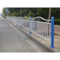 锌钢护栏锌钢防护栏防撞栏图片施工隔离栏道路栏杆围栏厂优惠促销