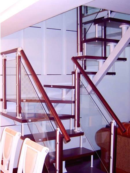 瑞王楼梯 瑞王全木楼梯系列 U型楼梯 U转楼梯产品图片,瑞王楼梯 瑞