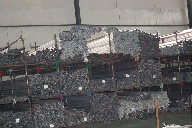 316不锈钢装饰管,东莞市国粤不锈钢材料有限公司是一家专业生产销售不锈钢材料的大型企业。本公司主要品牌有:新日铁、宝钢、太钢、浦项、张浦、日钢、象牌、联众、JFE等著名品牌。材料质量过硬、价格合理、广泛运用于各种工业领域,并严格按照国家标准生产,质量环保,能通过ROHS检测,并提供国际认可的SGS报告。 公司主要生产销售的材料有: 1、不锈钢棒规格:1mm~480mm材质SUS310S、316、316F、316L、321、304、304F、304L、303、301、202、314、314L、305、31