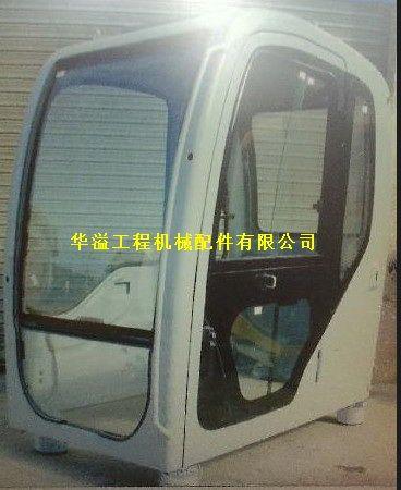 神钢210 8挖掘机驾驶室图片