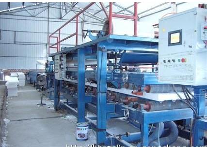 聚氨酯复合板生产线组成