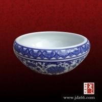 景德镇青花瓷陶瓷小鱼缸供应,酒店大堂装饰大缸