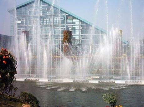 南京喷泉山-天将雕塑