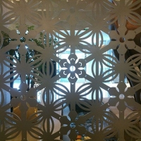 广东铝花窗铝屏风厂家