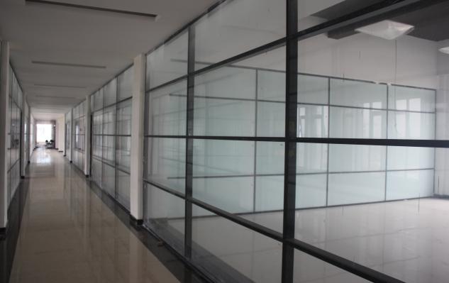 内蒙玻璃隔断 高隔间 活动隔墙就选亮科
