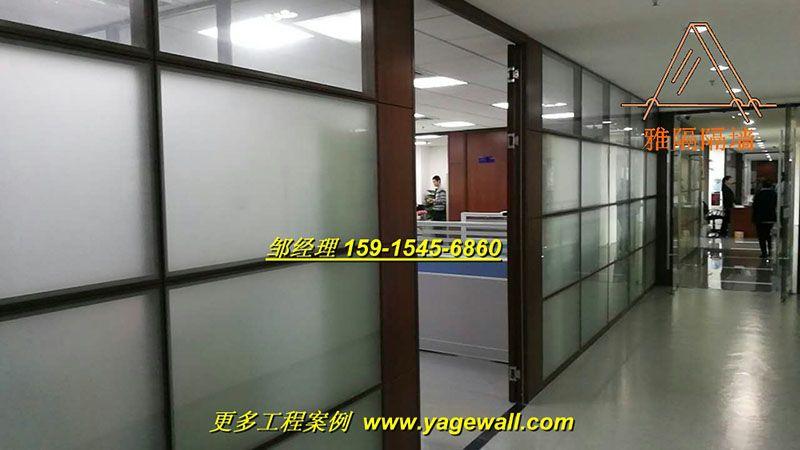 南宁成品高隔断价格|供应商 南宁专业办公室双层玻璃百叶隔断