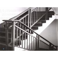 东莞正启家用楼梯扶手镀锌钢铝合金楼道护栏扶栏