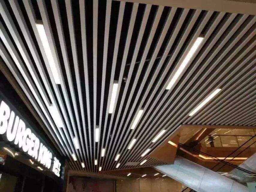 济南众星集成带铝板铝格栅等