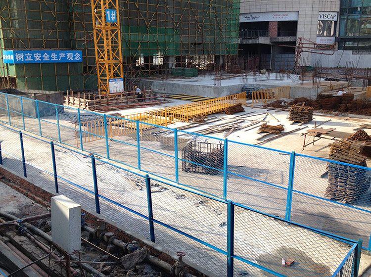 建构区搭围墙步骤图