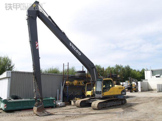 沃尔沃挖土机改装大小臂 加长臂工厂