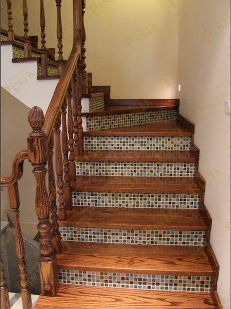 别墅蓝白色地中海风格楼梯 橡木实木搭配地中海马赛克 完美案