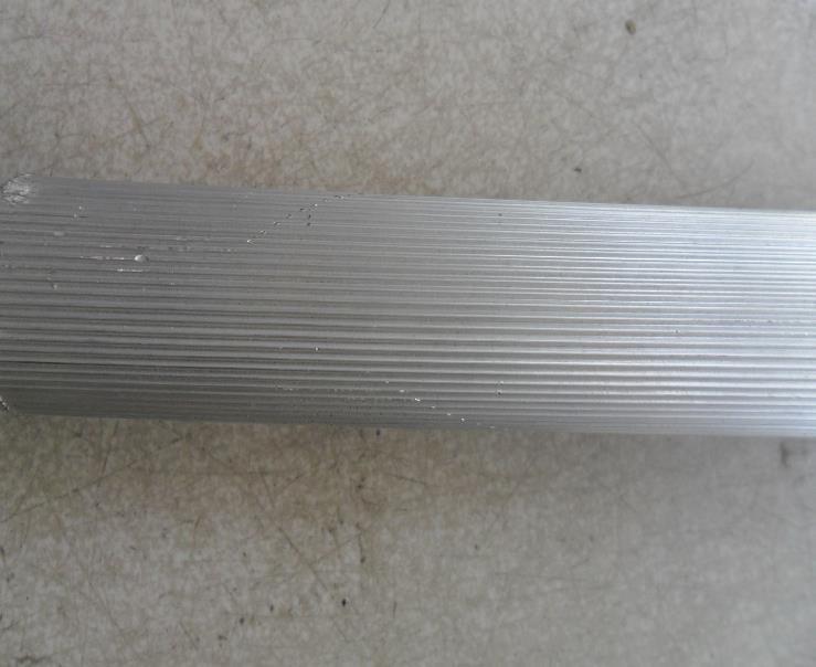 专业15*10滚花铝管 拉直纹网纹铝管