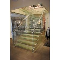同瑞全钢化玻璃楼梯