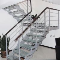 南京钢木楼梯-优步全屋定制